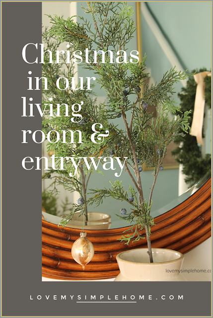 christmas-in-our-living-room-&-entryway-love-my-simple-home