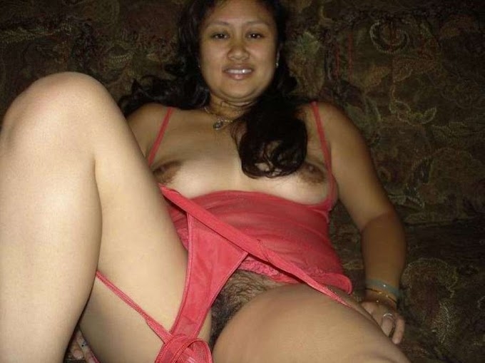 Foto Sex Tante Gendut Jembut Lebat Crot Atas Memek