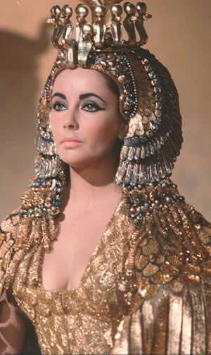 The Wednesday Elizabeth Taylor Couture Third Of A Weeks Worth Auctions