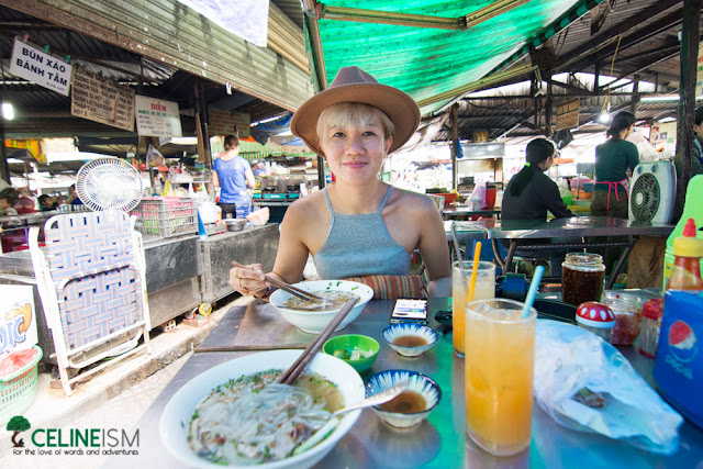 eat like a local in saigon