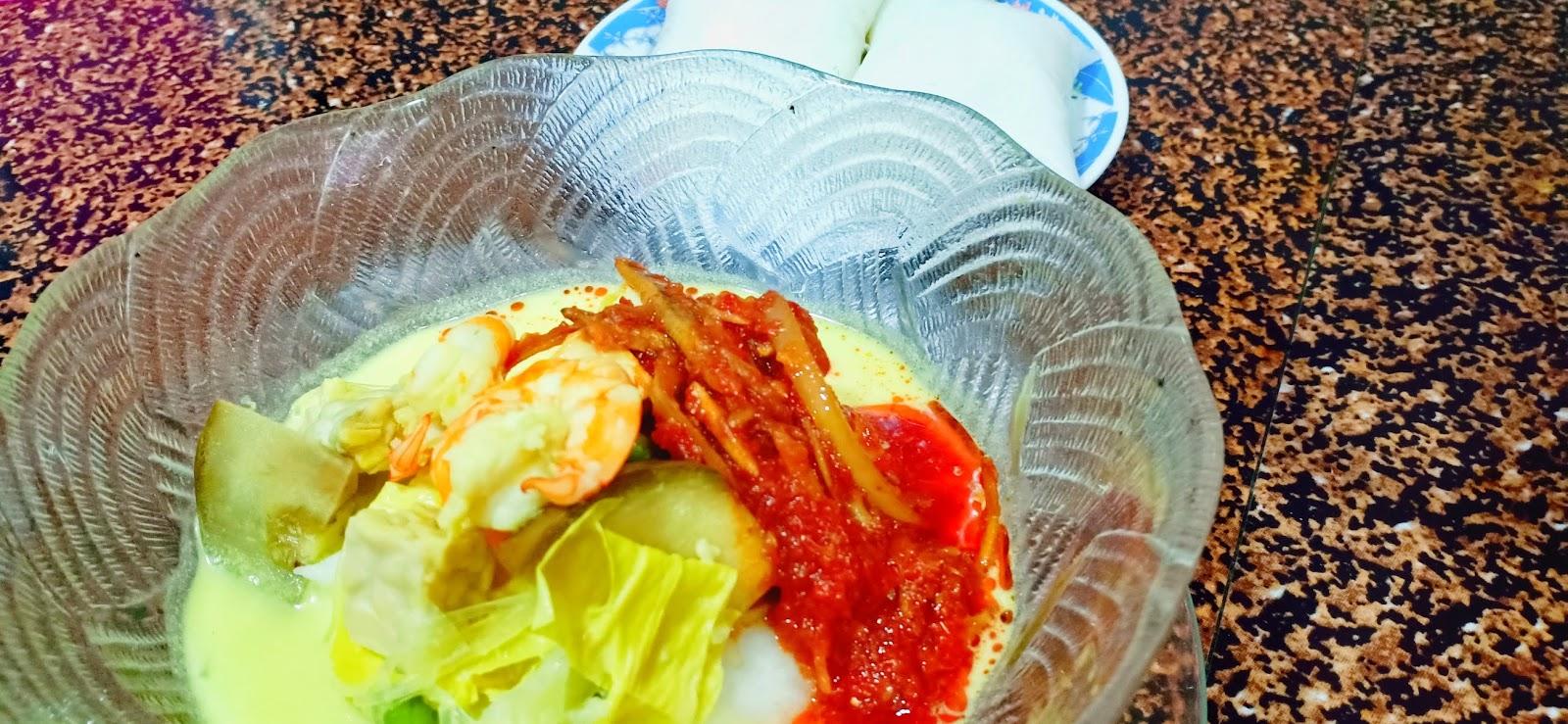 Lontong & Sambal Tumis Ikan Bilis Menu Syawal Ke - 8 | Resepi Lontong Sedap, Simple & Cepat Dimasak