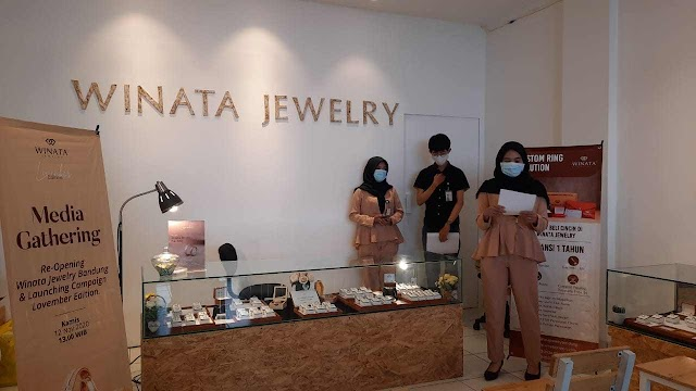 """Lovember Edition: Re-Opening Winata Jewelry di MTC Bandung"""