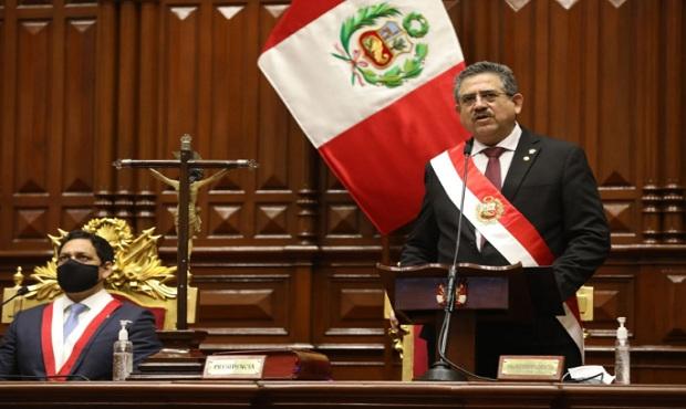 Presidente Merino de Lama: mi primer compromiso es respetar las elecciones de abril 2021