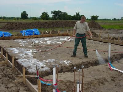 Phòng chống mối bằng cách lắp đặt đường ống bảo trì