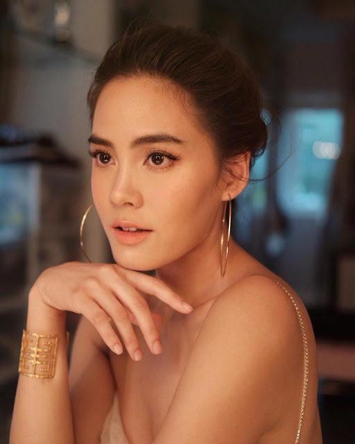 """Bất ngờ với sắc vóc nóng bỏng của """"bông hồng Thái"""", tình sử toàn đại gia Thái"""