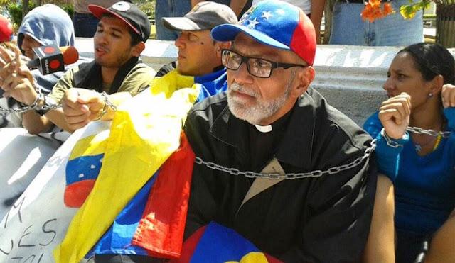 """DIÁSPORA VENEZOLANA: Padre José Palmar: """"Añoro el calor religioso de mi pueblo chiquinquireño""""."""
