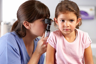 Nhận biết viêm tai giữa cấp ở trẻ em
