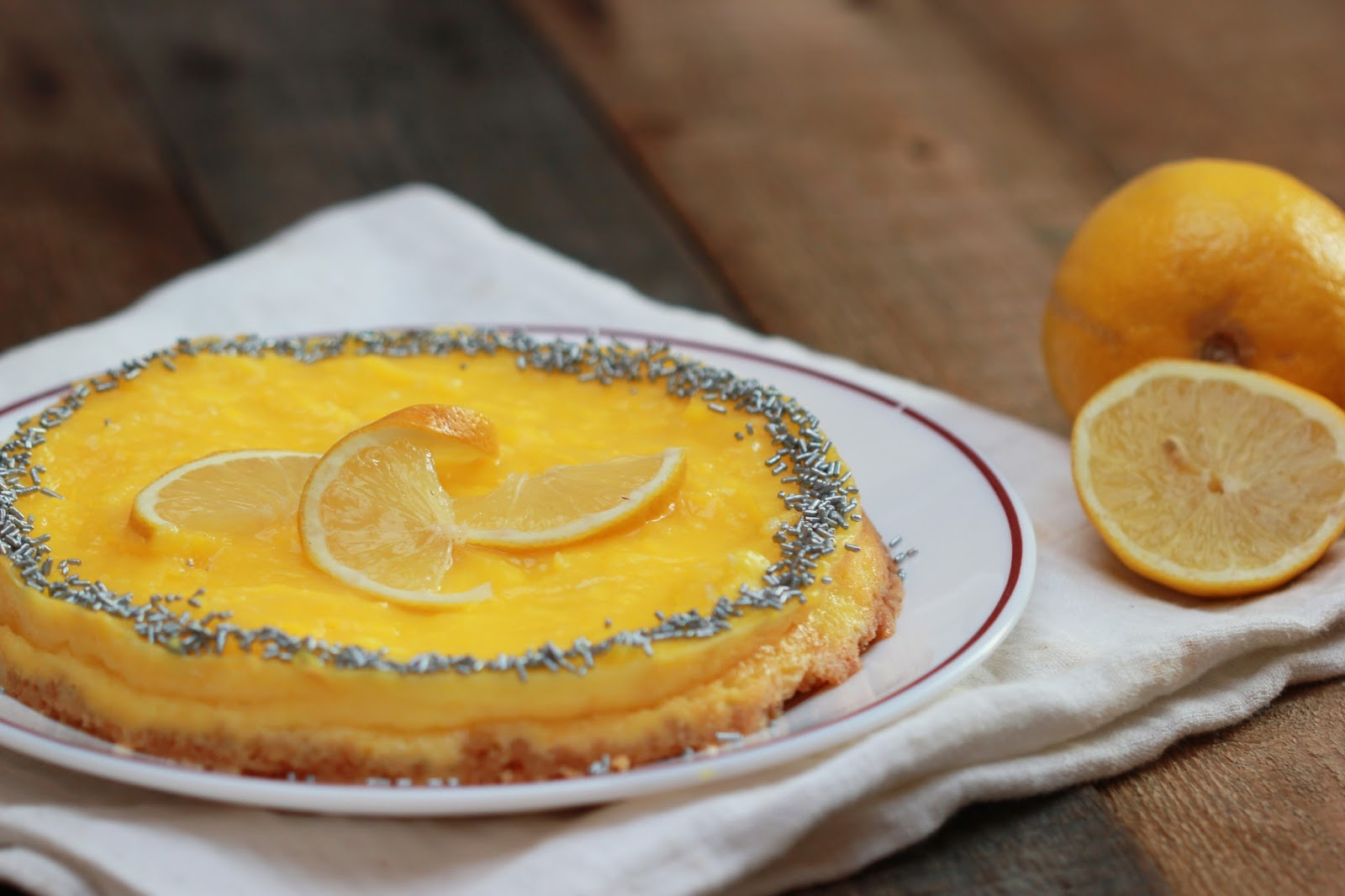 Recette du cheesecake au citron. Un mélange sucré et acidulé qui donne envie d'en reprendre vite une bouchée !