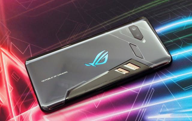 ASUS ROG Phone dengan Spesifikasi Super Gahar