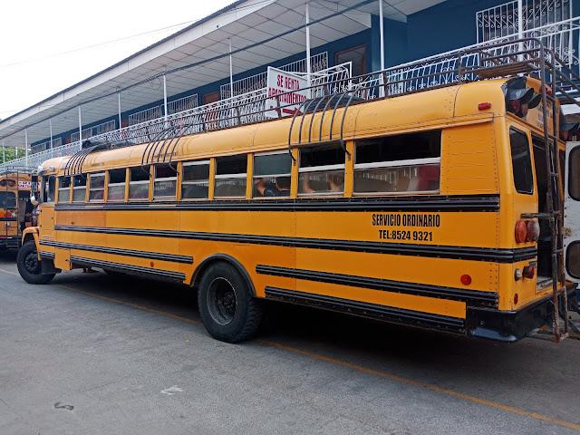 Chicken bus pour se rendre au Costa Rica du Nicaragua