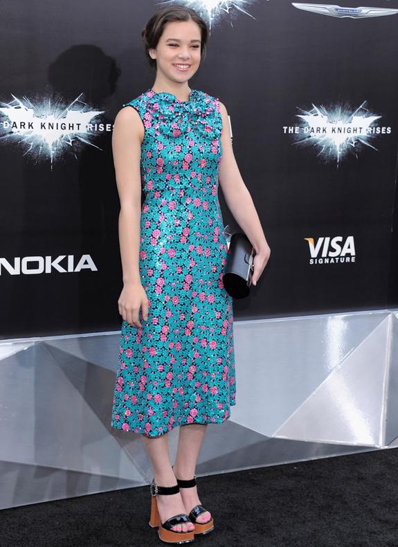 Hailee Steinfeld, sensual y hermosa actriz y cantante | Ximinia
