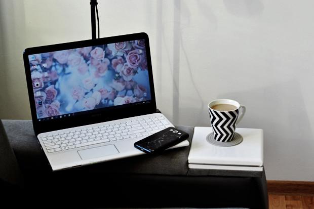 laptop sony vaio biały