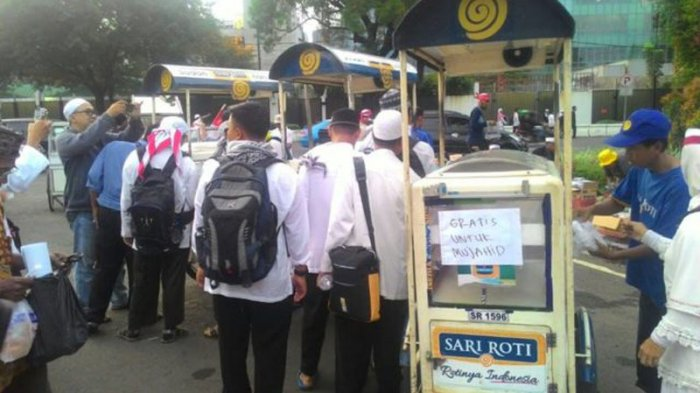 Benarkah Saham Sari Roti Terjun Bebas Usai Klarifikasi Tidak Dukung Aksi 212 ?