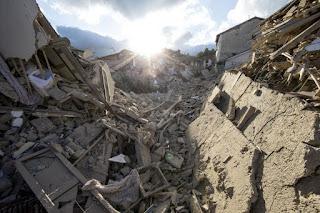 Thiên Chúa Cha: Những trận động đất sẽ tàn phá nhiều thành phố của các ngươi