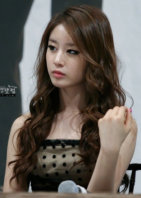 """[News] T-ara's Jiyeon thanks fans for gifts at """"Dream High ..."""