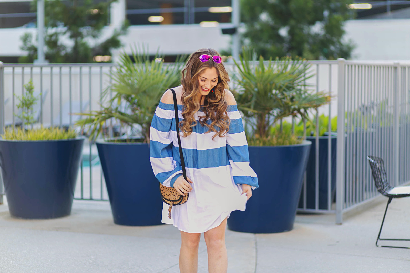 Trend Spin Linkup - Favorite Sunglasses by fashion blogger Laura form Walking in Memphis in High Heels