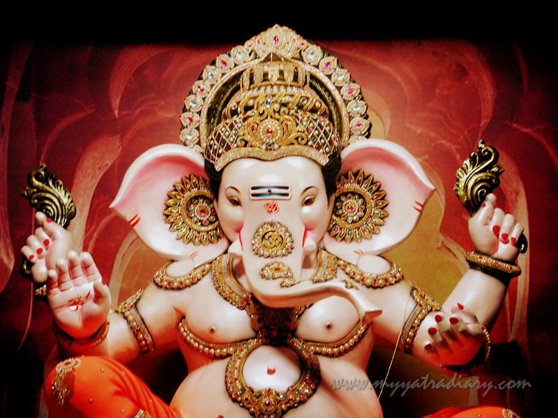 Baby Lord Ganesha in a thematic pandal, Ganesh Chaturthi Pandal Hopping, Mumbai