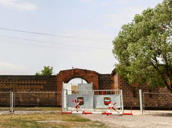 Rusia casi duplicará su base militar en Gyumri