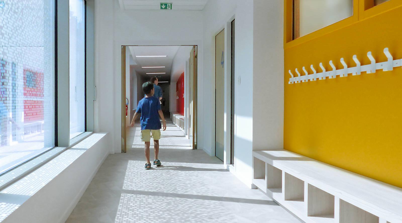 École primaire Charles de Gaulle, Tourcoing - Couloir