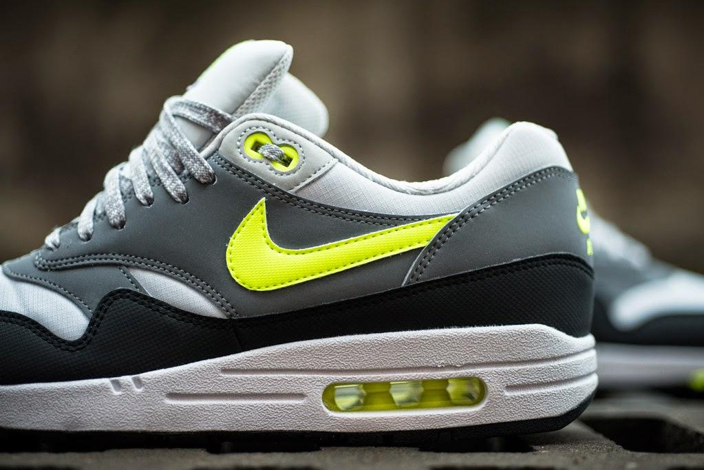 new arrival 26b10 42003 Nike Air Max 1 Essential - Dust GreyVolt