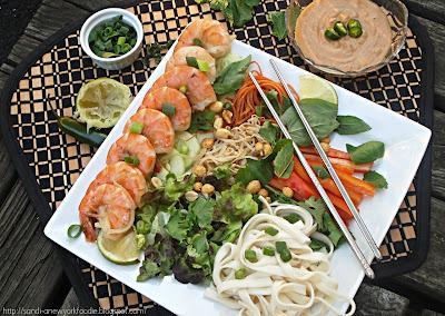 Vietnamese Summer Roll Shrimp Salad