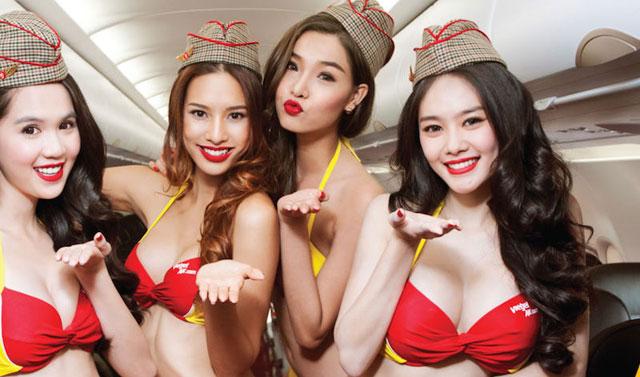 Vietnam Airline dengan Pramugari berbikini