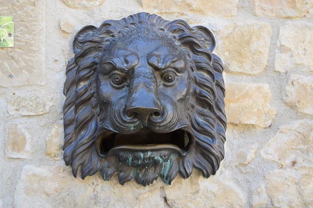 Sos del rey cat lico el buz n de correos - Oficinas de correos en leon ...