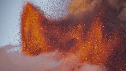 Νέα ισχυρή έκρηξη της Αίτνα - Video