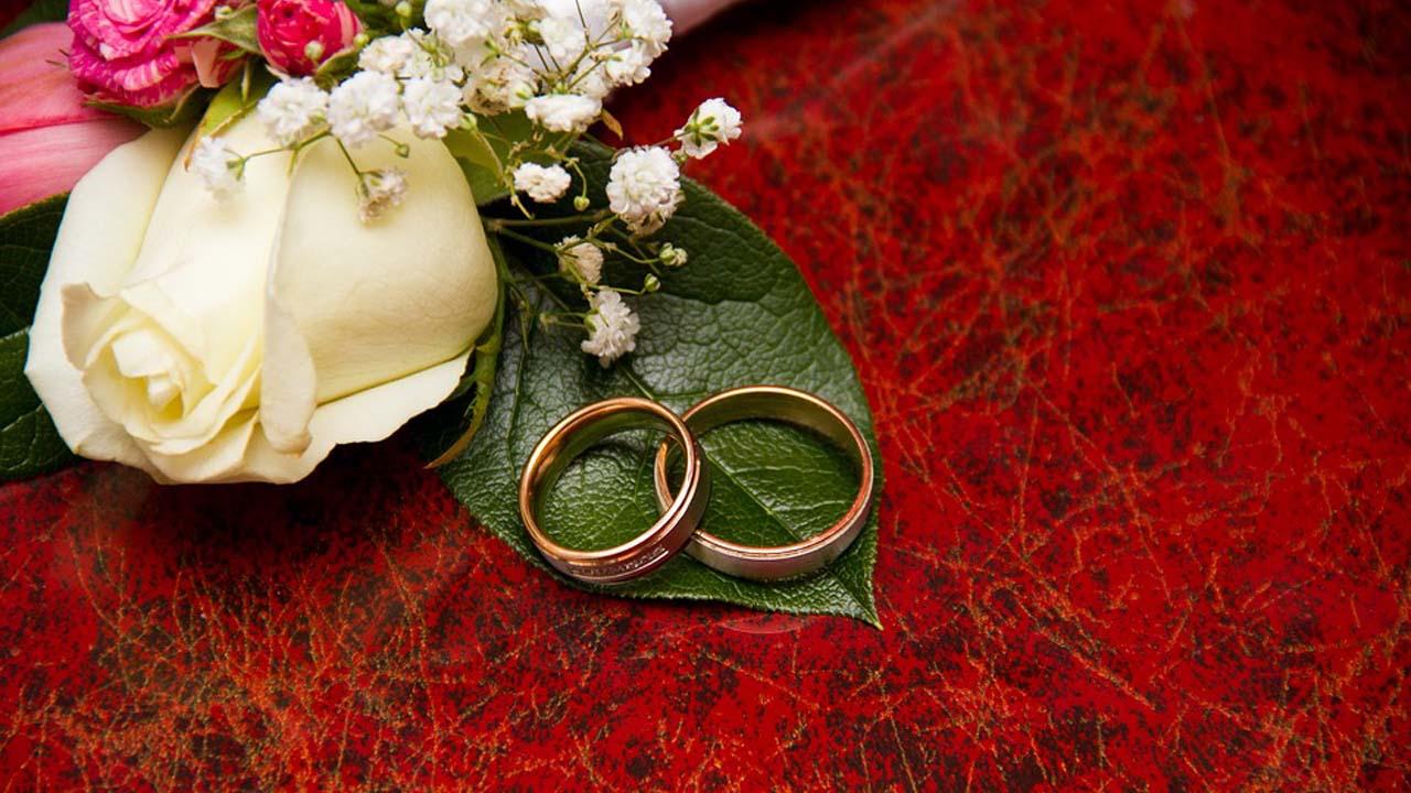 Menikah Jangan Menunggu Kaya