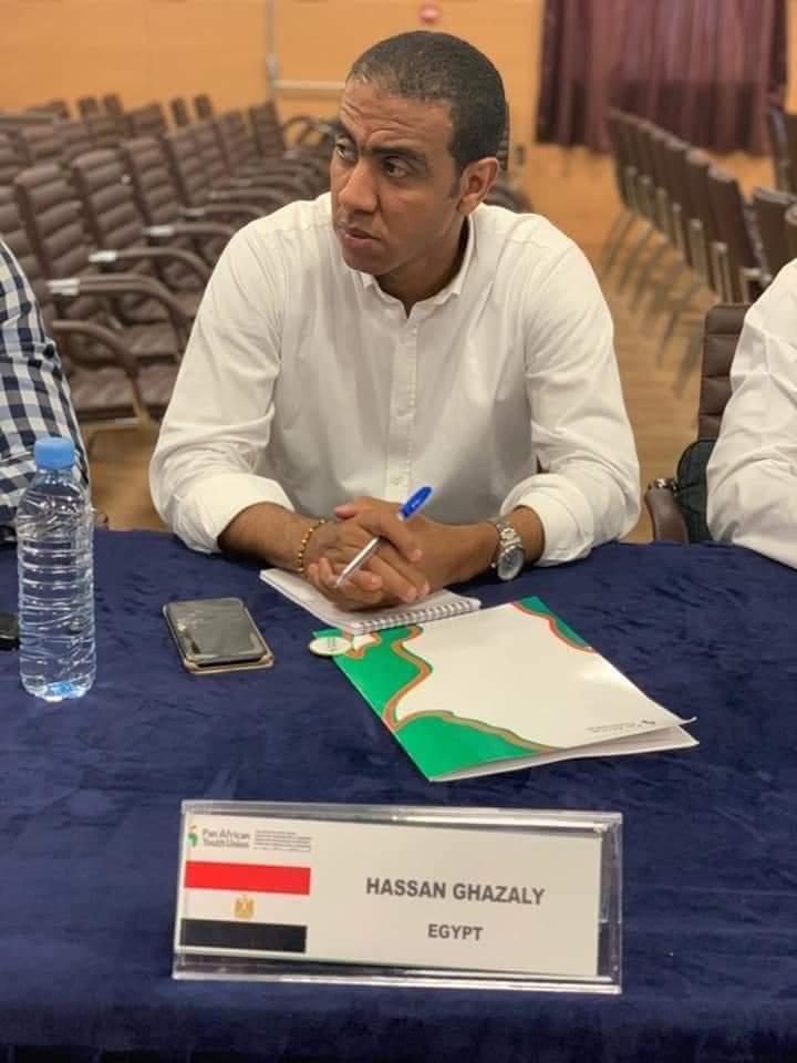 مصري ضمن التصفيات النهائية لجائزة (افريكان رايزنج)