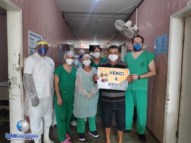 Homem de 52 anos vence a Covid-19 e recebe alta do hospital de Caraúbas