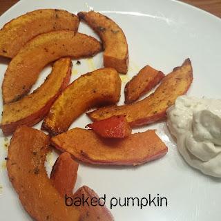 [Food] Gebackene Kürbisspalten mit Quark // Baked pumpkin