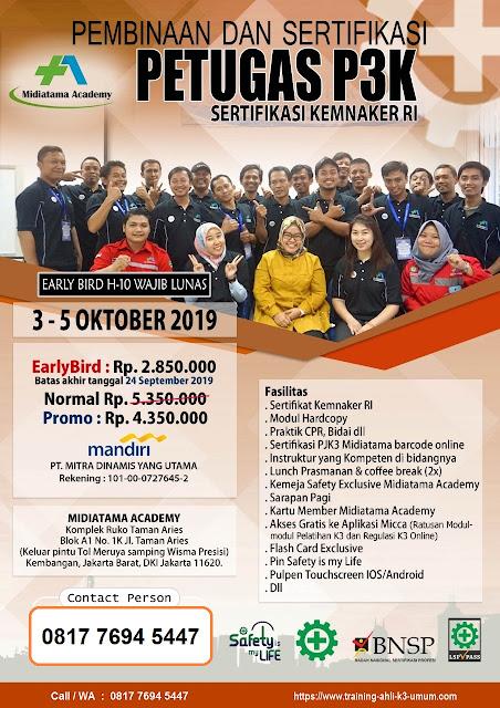 Petugas-P3K-tgl-3-5-Oktober-2019-di-Jakarta