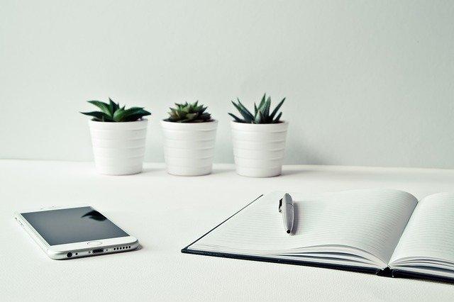Cara Review Jurnal yang Baik dan Benar [+Contoh]