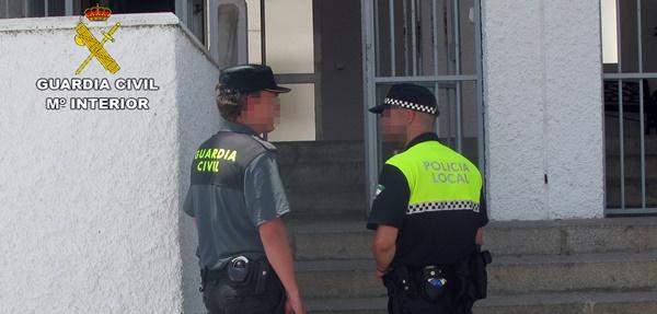 http://www.esvalverde.com/2018/06/detenido-por-robo-con-violencia-en.html