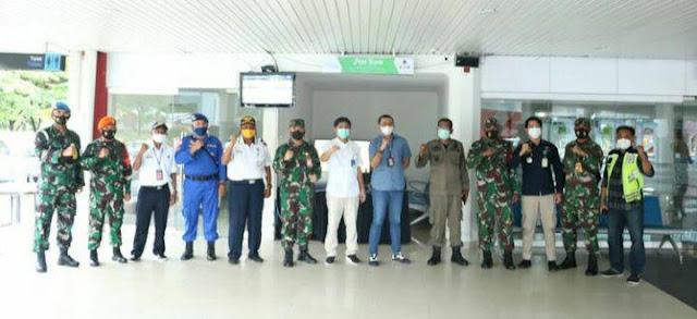 Andreas Dhewo Tinjau Posko Terpadu Idul Fitri 1442 H di Bandara Pattimura