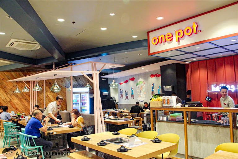 One Pot Chinese Restaurant in Shore Residences, Pasay