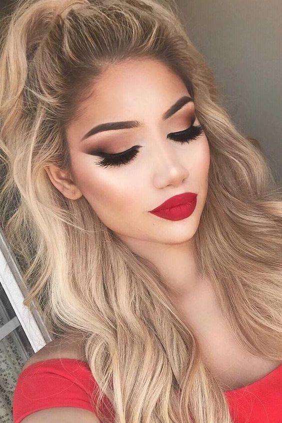 El Un Vestido De Maquillaje Para Elegir Perfecto Rojo Cómo
