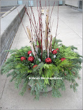 Heidi Horticulture Outdoor Christmas Container - Large