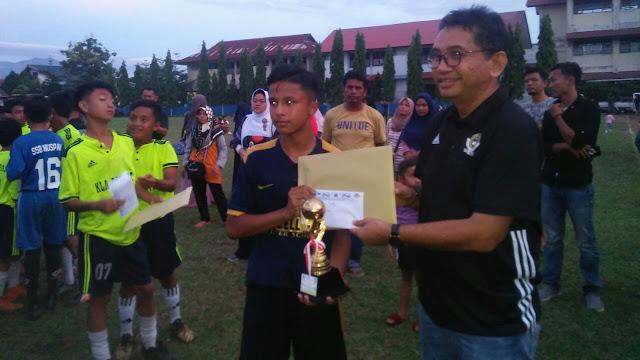 Tutup Turnamen U-13, Aye Apresiasi Penyelenggaraan PSTS Tabing Cup 2020