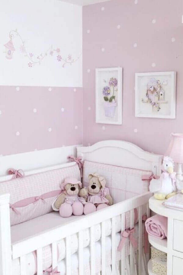 Shades of purple and lilac are also widely used for decorating a baby's room