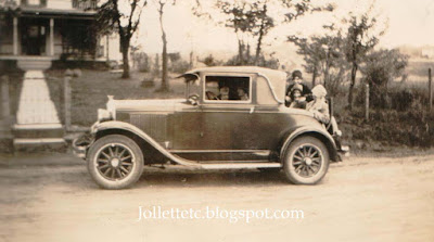 1928 Rumble Seat  https://jollettetc.blogspot.com