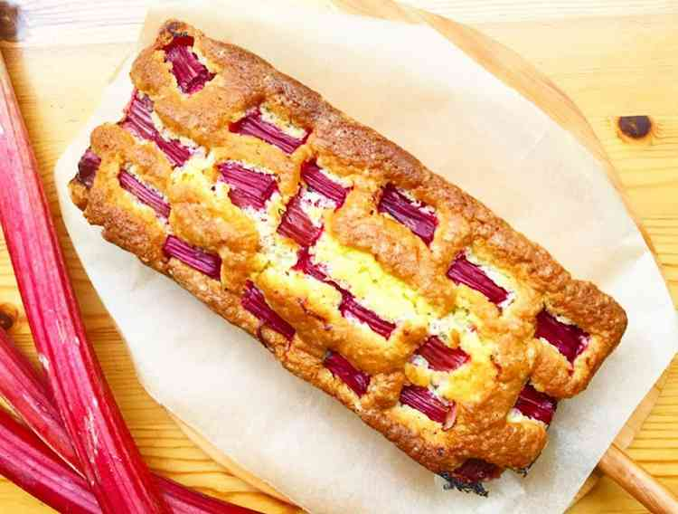 Rhubarb Cake Without Sugar