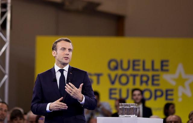 Presiden Prancis Emmanuel Macron telah mengadakan pertemuan dewan pertahanan menyusul serangan mematikan terhadap seorang guru sejarah di pinggiran kota Paris yang terjadi pada Jumat, 16 Oktober lalu.