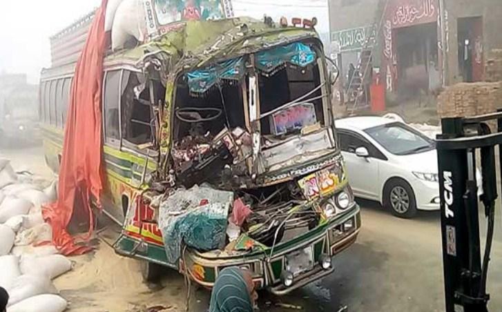 Mirpur Mathelo: Reisibussina sureb kaks, veok põrkub