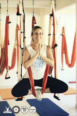 aeroyoga online, formación yoga aéreo, yoga aéreo españa, fitness aéreo, pilates aéreo, cursos online, formación profesional, a distancia, salud, wellness, bienestar
