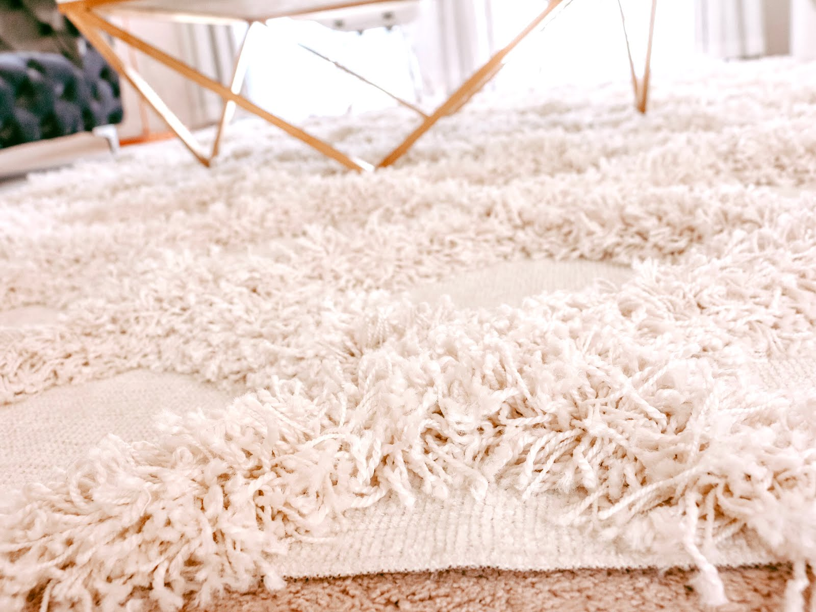 Affordable-High-Quality-Area-Rugs-RugsUSA-Vivi-Brizuela