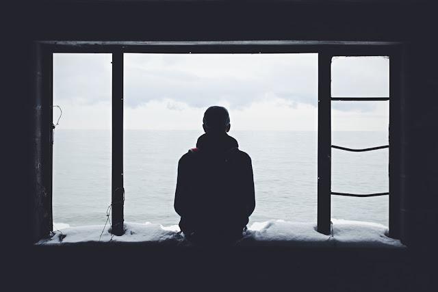 apa itu kesepian dan bagaimana cara mengatasinya