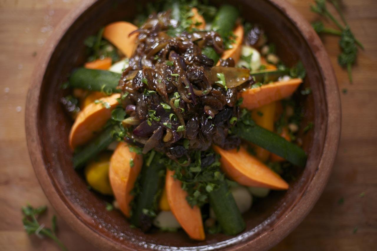 Marokkanische Gemüsetajine mit karamellisierten Zwiebeln   ziiikocht