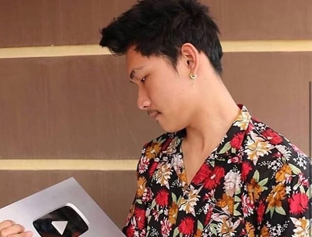 Fakta Ferdian Paleka Youtuber Ngeprank Sembako Sampah - IG